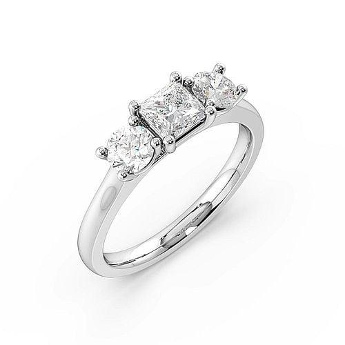 Princess Trilogy Diamond Rings 4 Prong Setting in Rose Gold / Platinum