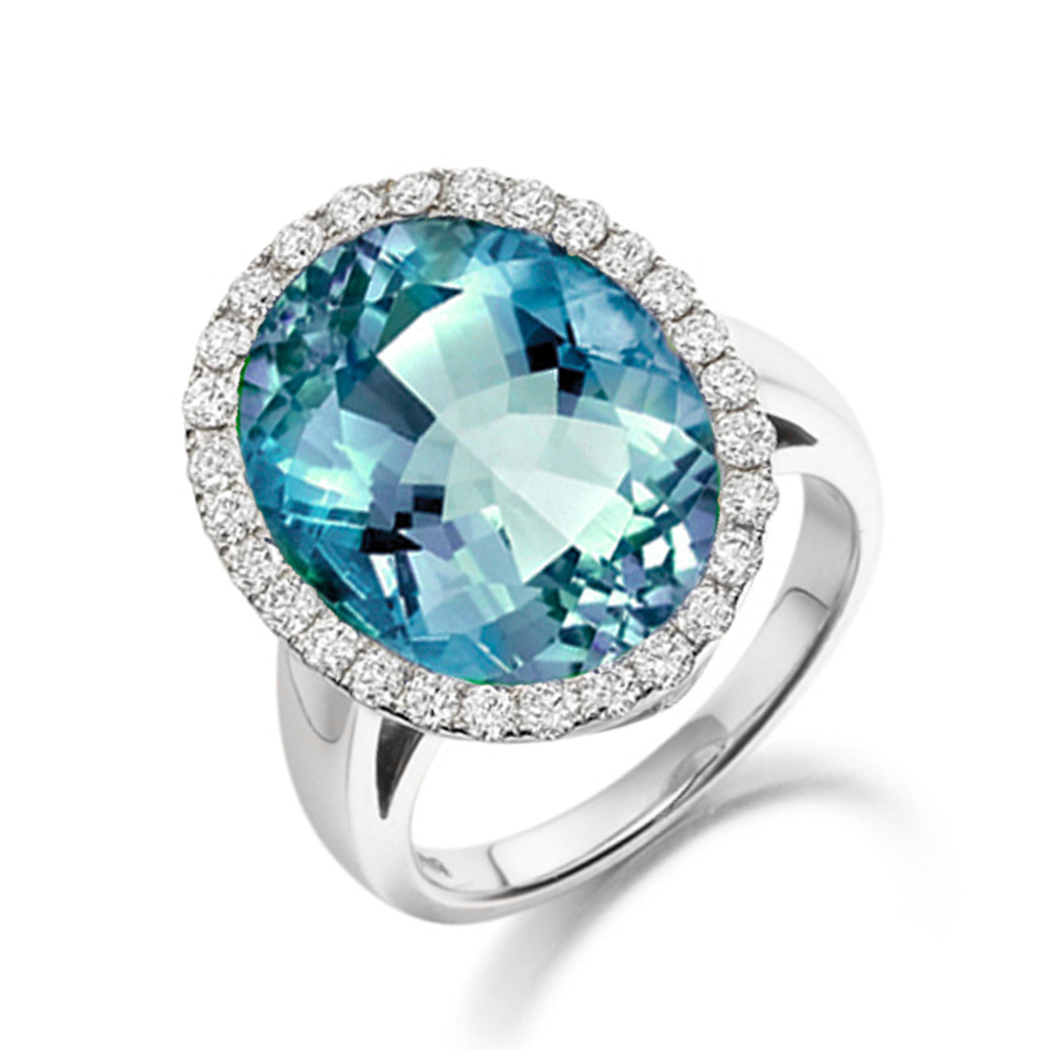 Hugging Shoulder Diamond Engagement Ring