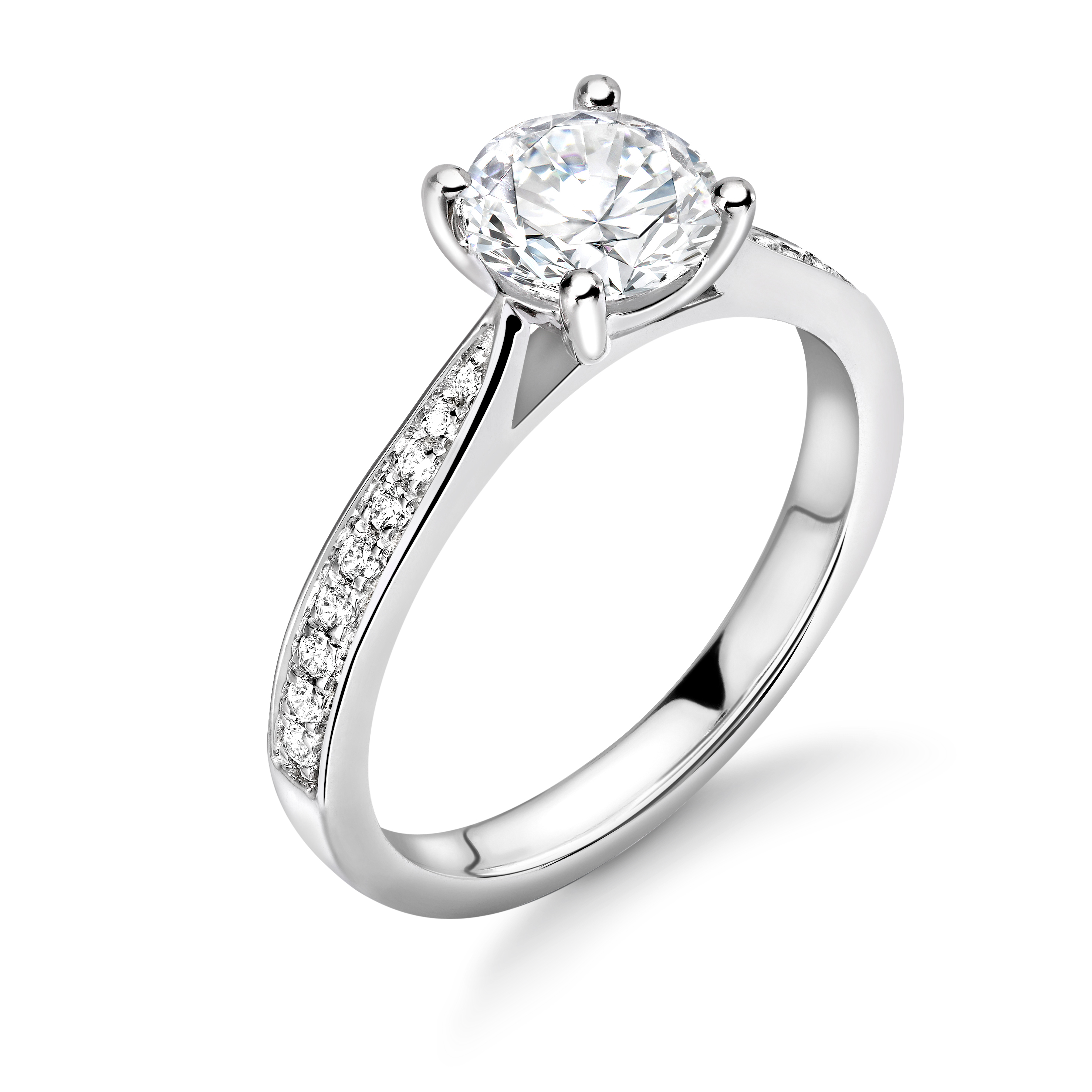 Tapering Down Shoulders Set Side Stone Diamond Engagement Ring