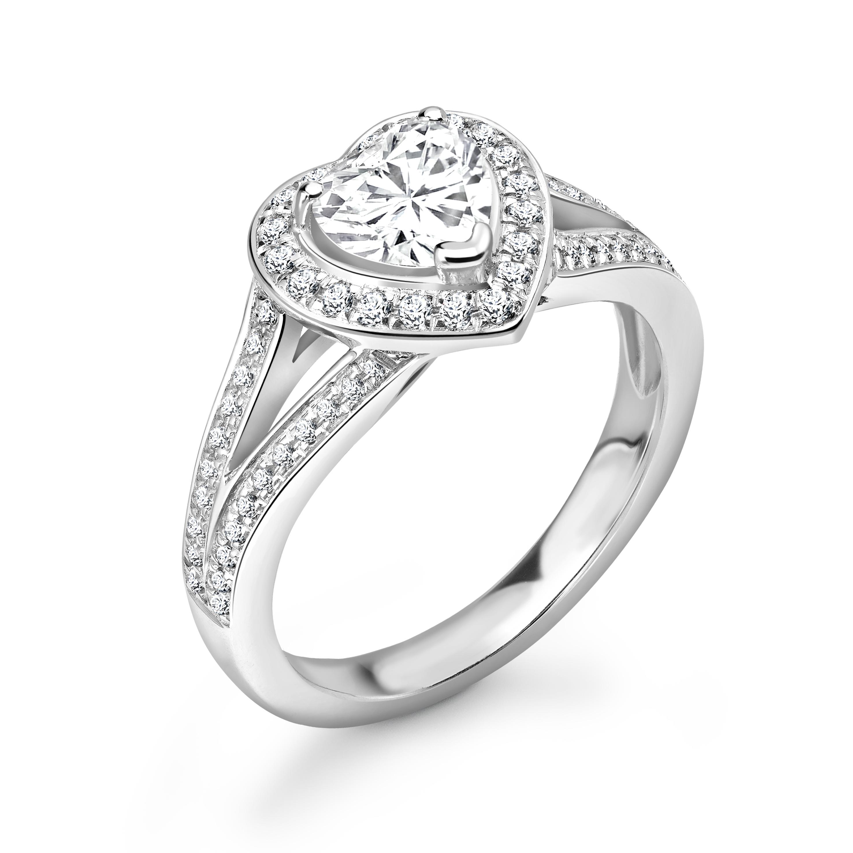 Prong Setting Heart Shape Minimal Halo Diamond Engagement Rings