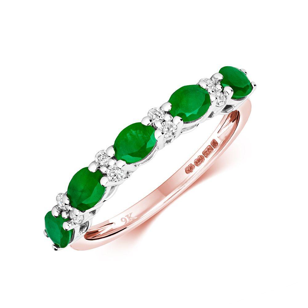 Claw Set beautiful Diamond and emerald ring