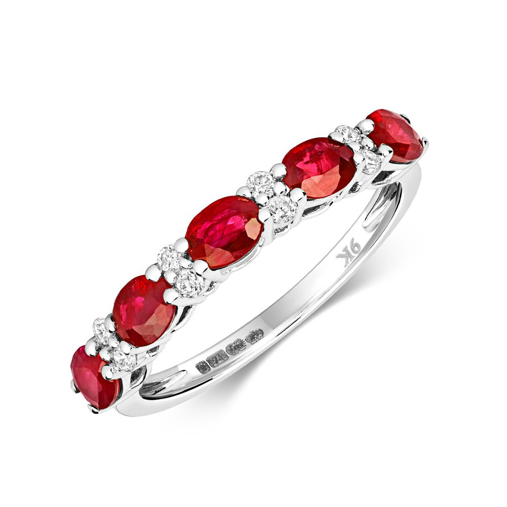 Claw Set beautiful Diamond and ruby Gemstone Ring