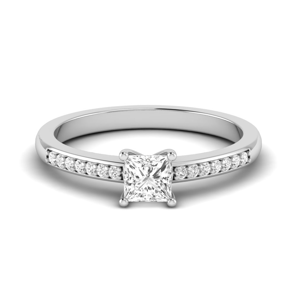 Princess Engagement Ring With Corner Claws Set Diamond